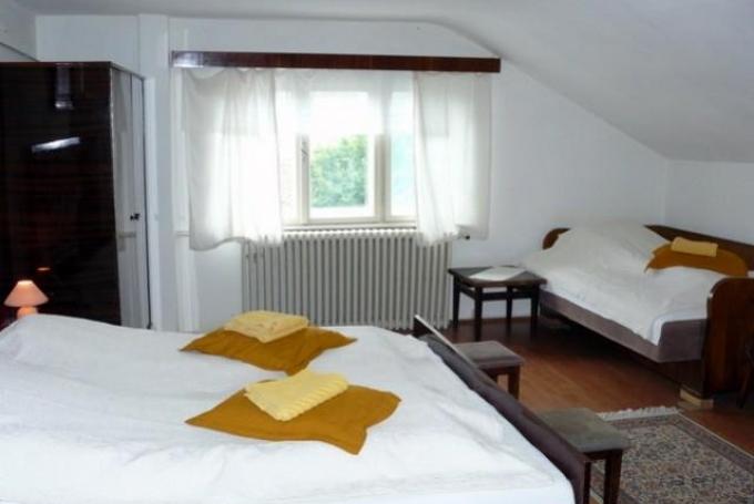 Cameră cvadruplă (cu pat suplimentar)