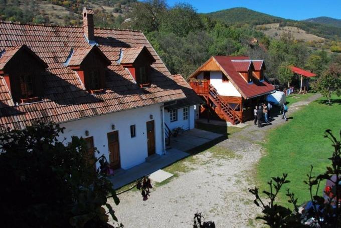 Centrul de Tineret Casa Tobias