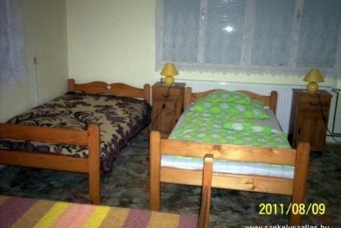 Háromágyas szoba