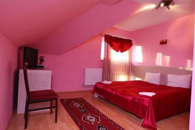 Háromágyas szoba (pótágyazható)