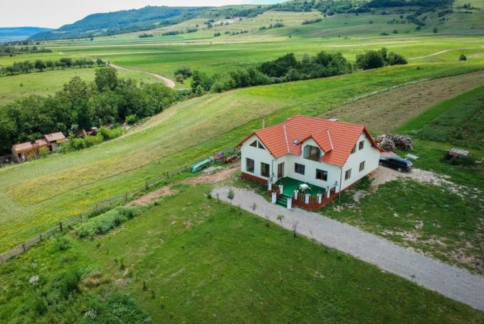 Casa de oaspeti Borovi