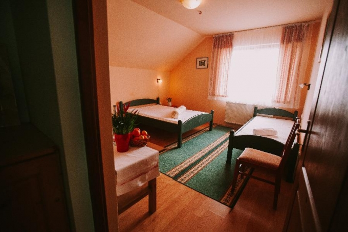 Double room  + 1 single bed