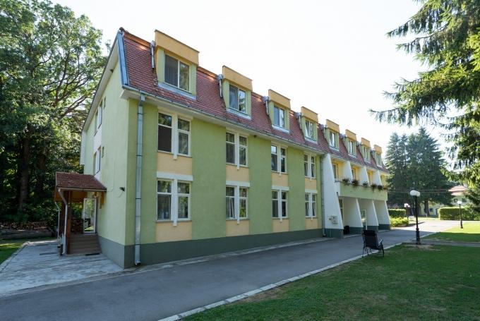 Education Center Arcus