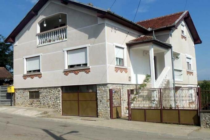 Casa de oaspeți Löcsei
